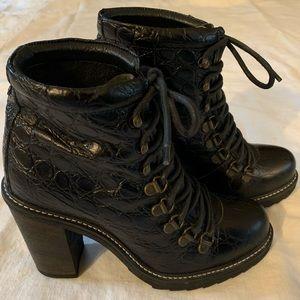 Diesel combat hiking boots NWOT